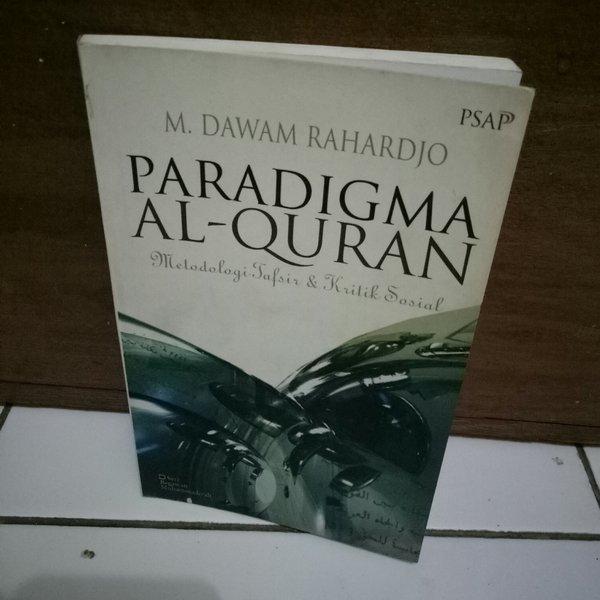 Paradigma Al-Quran karya M Dawam Rahardjo