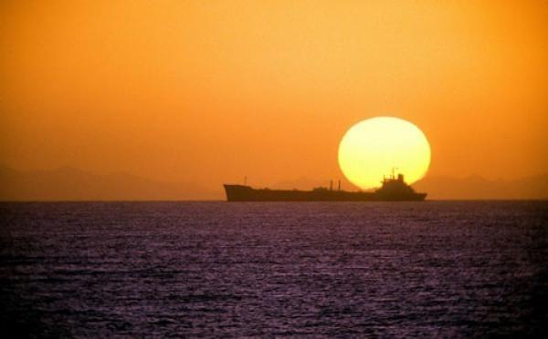 Tafsir Surah Al-Isra Ayat 78: Matahari sebagai Petunjuk Waktu Salat
