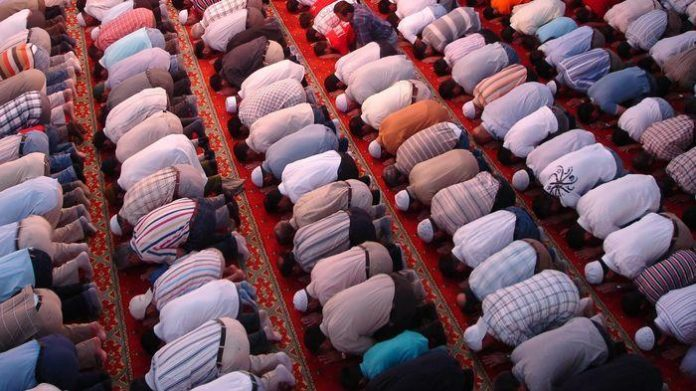 Konsep Khairu Ummah dalam Ilmu Sosial Profetik
