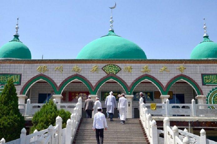 Begini Adab Memasuki Masjid